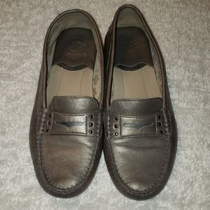 Johnston & Murphy silver womens loafers size 9